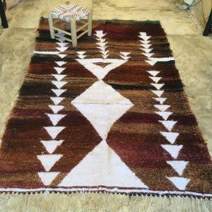 Kilim boucherouite n°2012 - Boisé, tapis en chutes de coton, dégradé du marron, blanc, handmade, contemporain artisanat, marocain, salon, chambre deco, home design d'intérieur, marrakech rugs, tapis berbère