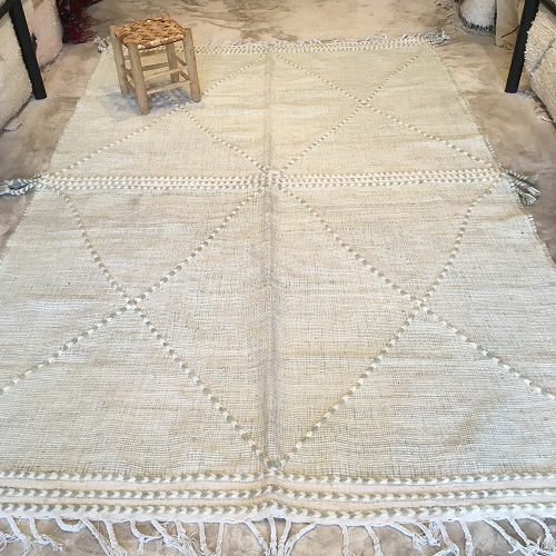Zanafi N°2022 - Olive, vert d'olive, tapis en laine tressé à plat, hand woven in Morocco, rug, deco & design, marrakech artisanat, home