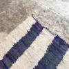Kilim boucherouite N°542 - Belle Île de mer, blanc et bleu, artisanat marocain, tapis en coton, marrakech handicrafts, decoration