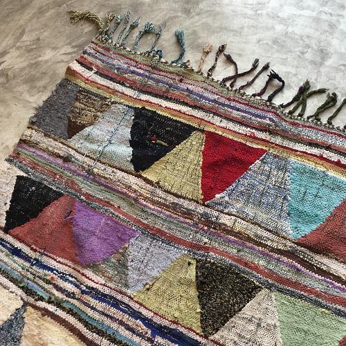 kilim boucherouite N°677 - Nachos, colored moroccan rug, made of cotton scraps, old marrakech handicrafts, deco, interior design