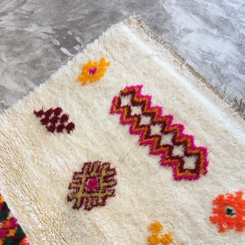 Beni Ouarain N°737 - Tulipe, tapis en laine épais, wooly, colored patterns, berber style of rugs, kids room, handmade crafts, morocco