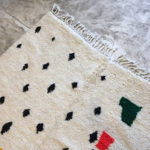 Beni Ouarain N°776 - Florida, tapis berbère, hand-knotted, home, deco & interior design, motifs abstraits, chambre, salon modern, épais