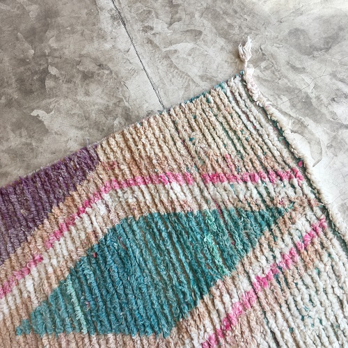 Boujaad n°796 - Macaron, tapis couloir, handmade rug, couleurs pastel, wooly rug, runner, tapis original, moroccan artisanat, marrakech, deco, furniture