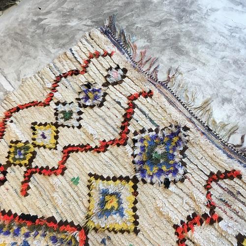 Tapis en laine, motifs coloré, handmade rug, moroccan artisanat, tapis ancien, salon, modern, contemporain rug, marrakech deco