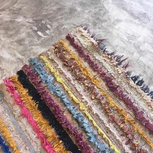 Boucherouite n°129 - Capri, tapis berbère, coloré, recycled clothes, handmade, rag rug, tapis deco, maison modern, atlas mountains rugs,, chambre d'enfant, architecture & design d'intérieur