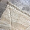 Beni ouarain n1044- blanche Colombe, blanc, brodé, laine, épais, handmade, knotted, marrakech, morocco rug
