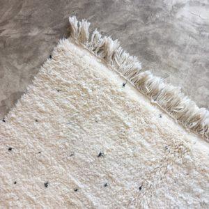 Beni Ouarain N°1054 - Dlamatien, tapis en laine, blanc et noir, handmade in morocco, atlas mountain rugs, deco, home, salon contemporain, artisanat du marrakech