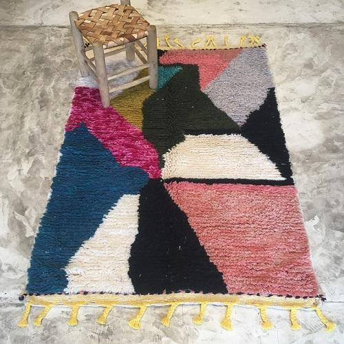 Beni ouarain n1166 - Mia, tapis, marrakech, rug, design, couleurs, rose, noire, colorés deco, morocco
